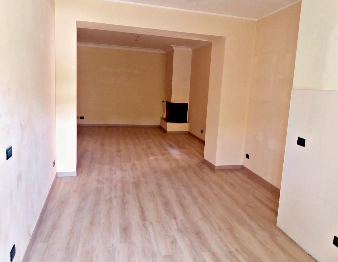 Appartamento nella zona di Porta D'Arce con due camere in affitto(rif.1939)