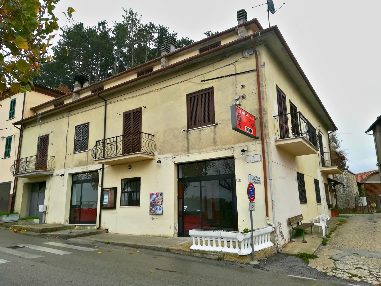 Rieti – Belmonte : locale commerciale (Rif.1959)
