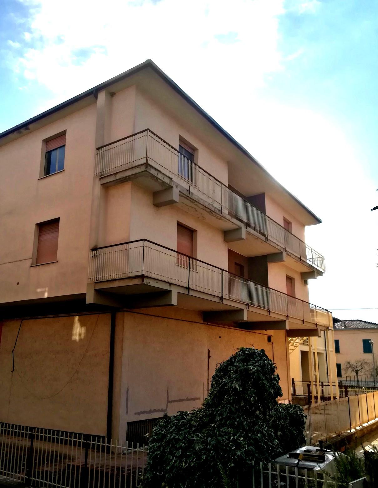 Rieti – Madonna del Cuore : Stabile in blocco(Rif.1960)