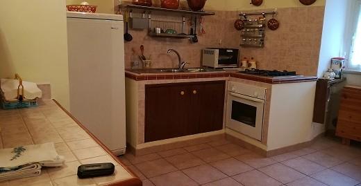 Appartamento con ingresso indipendente (Rif.2007)