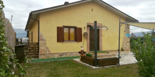 Rieti-Chiesa Nuova:Casale ristrutturato indipendente su unico livello(Rif.2040)
