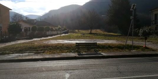 Poggio Fidoni:Terreno edificabile(Rif.2052)