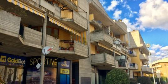 Campoloniano appartamento con tre camere (Rif.2065)