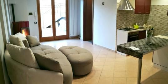 Rieti-S.Rufina:Appartamento con giardino ammobiliato(Rif.2063)