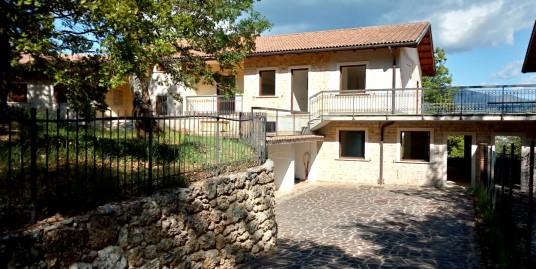 Rieti-Zona Residenziale : Villa Bifamiliare nuova costruzione(Rif.2083)