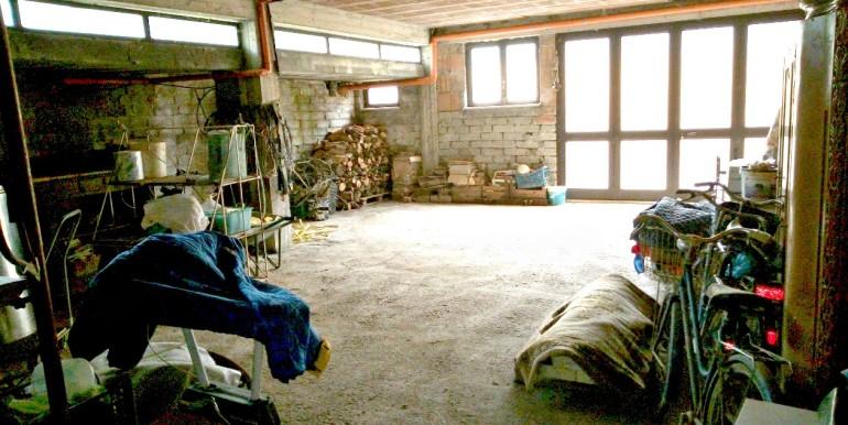 taverna garage