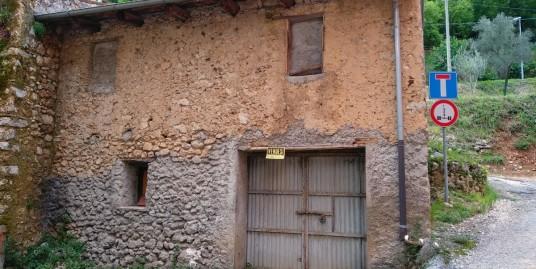Rieti-Lisciano fabbricato rurale (Rif.2087)