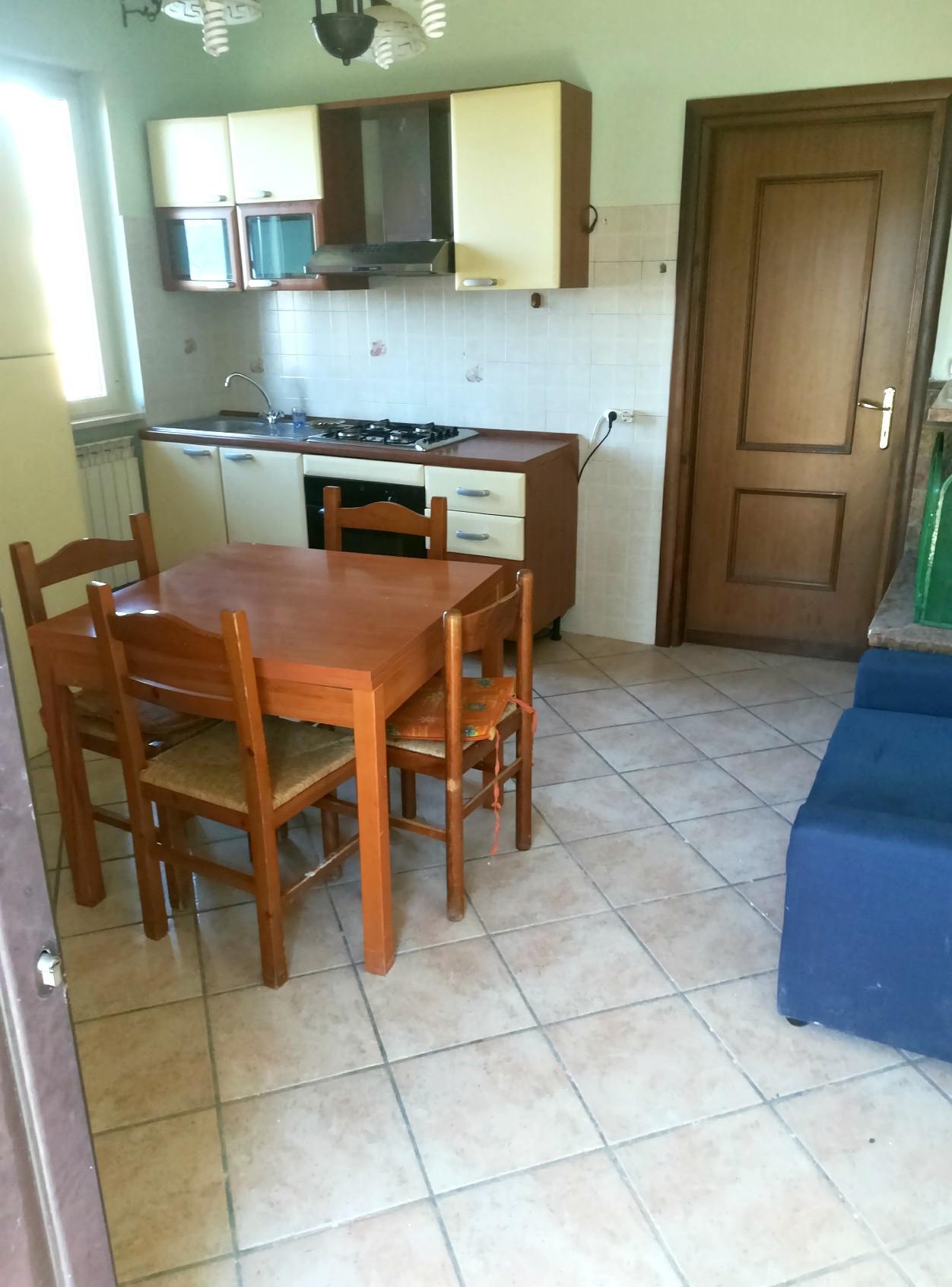 Cantalice: Appartamento con ingresso indipendente (Rif.2106)