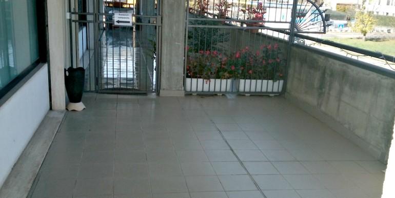 terrazzo con cancello