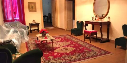 Centro Storico appartamento con tripla esposizione (Rif.2133)