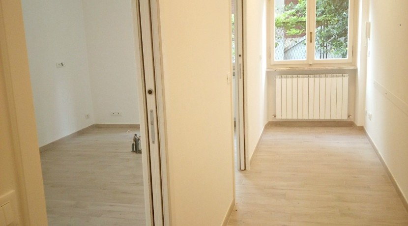 Rif.2147 corridoio e sala