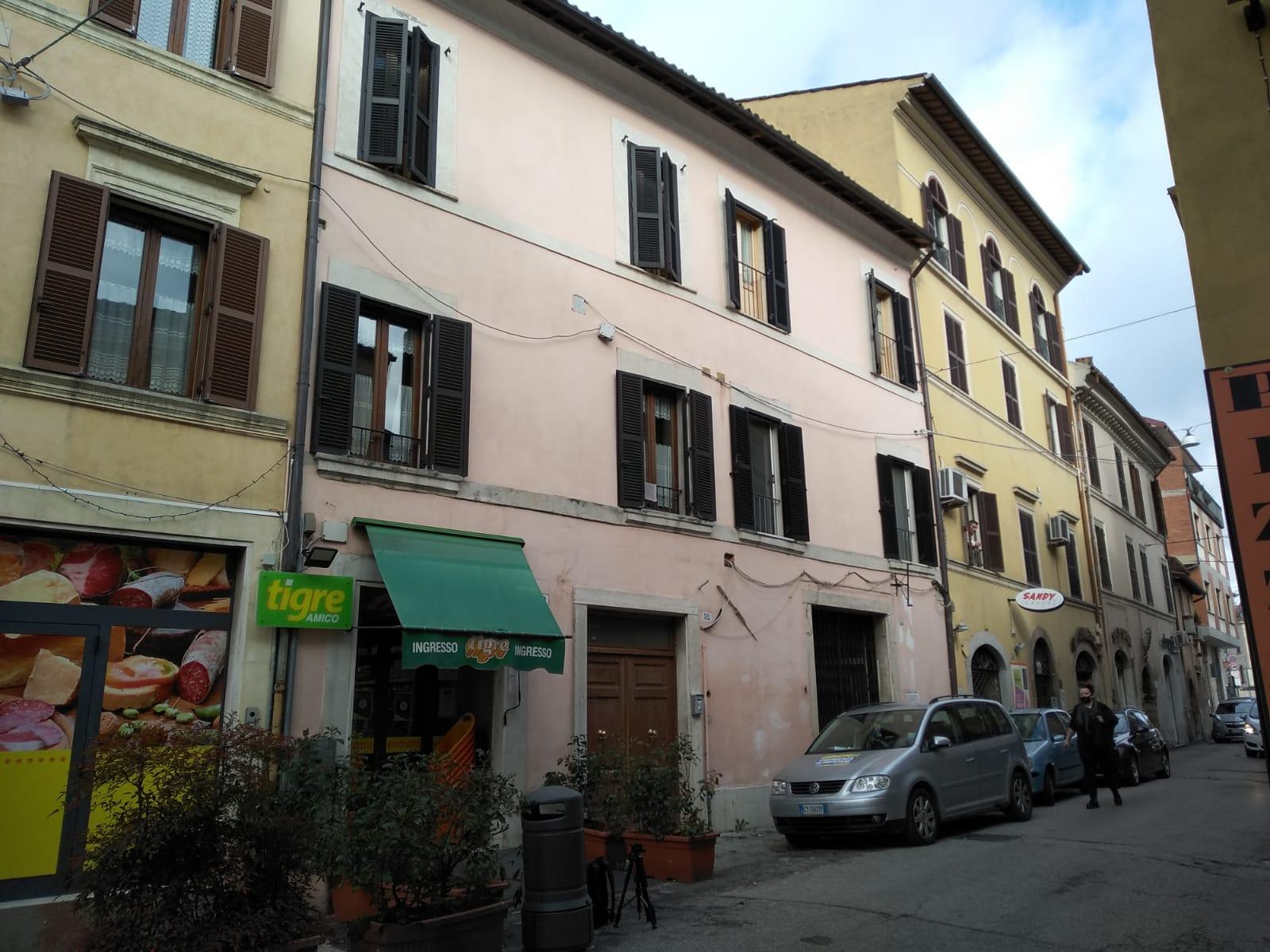 Rieti-Porta Romana: appartamento 3 camere