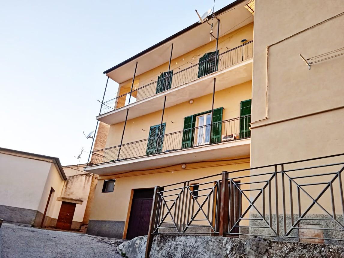 Rieti-Lisciano: Appartamento su due livelli (Rif.2210)