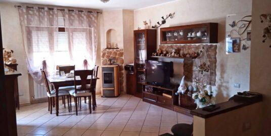 Campoloniano: Appartamento seminuovo due camere (Rif.2222)