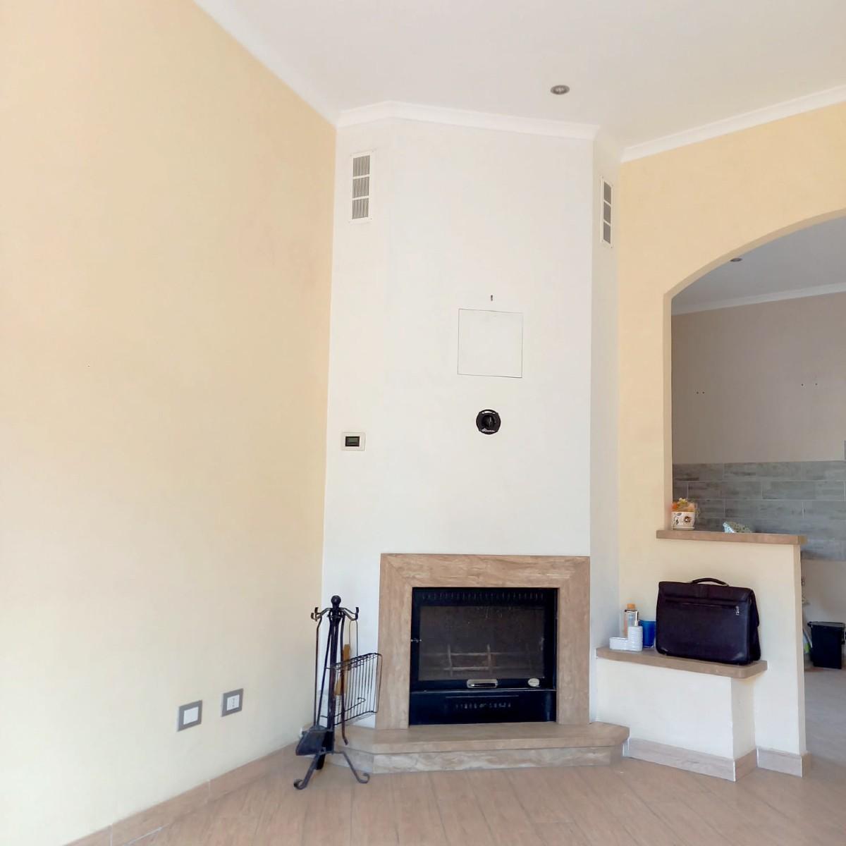 TOFFIA Appartamento completamento ristrutturato (Rif.2266)