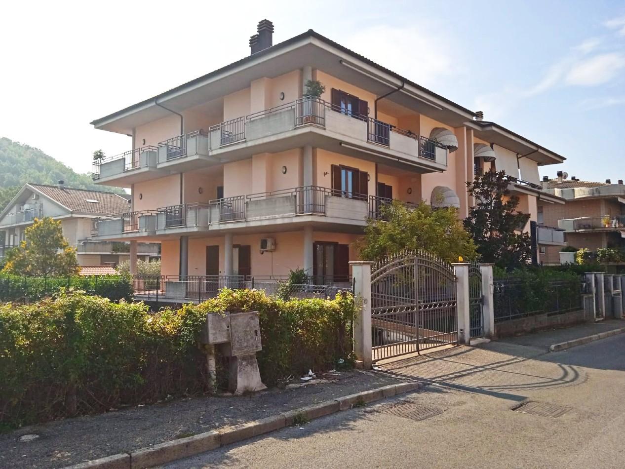 Rieti-Campoloniano:Locazione ufficio (Rif.2270)