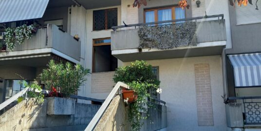 CAMPOLONIANO Appartamento di c.a. 75 mq circa(Rif.2265)